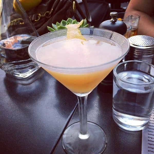 6/7/2014에 Jennifer H.님이 The Misfit Restaurant + Bar에서 찍은 사진
