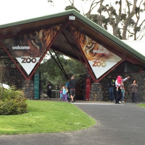10/27/2014 tarihinde Clarke B.ziyaretçi tarafından Auckland Zoo'de çekilen fotoğraf