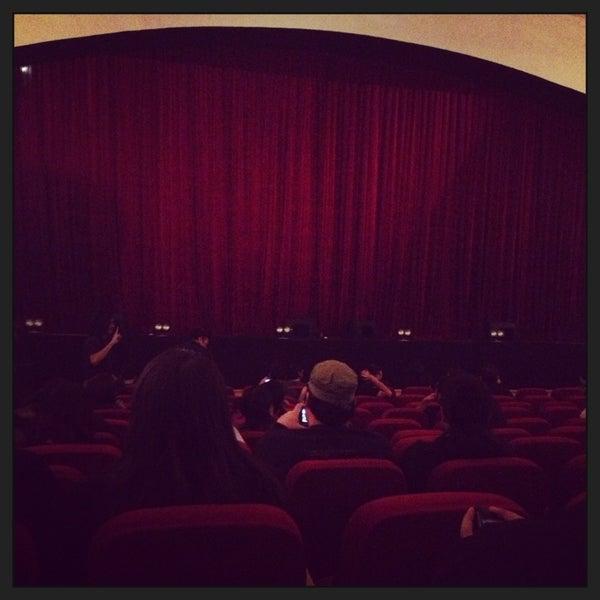 Foto diambil di Teatro Nescafé de las Artes oleh Omar F. pada 3/20/2013