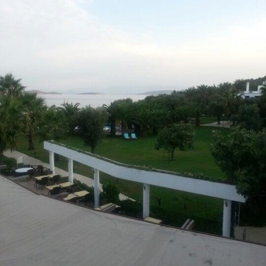 Das Foto wurde bei Samara Hotel von Poppe D. am 10/2/2012 aufgenommen