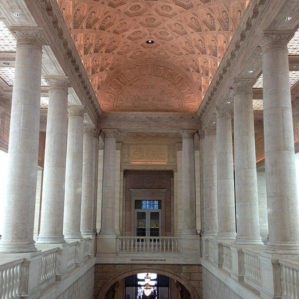 5/11/2013 tarihinde herman c.ziyaretçi tarafından Asian Art Museum'de çekilen fotoğraf