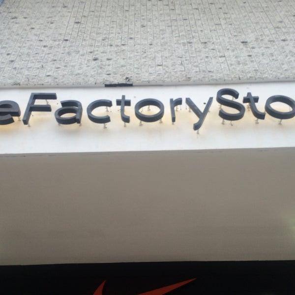 official photos b39cb 6bff0 Nike Factory Store - Via España