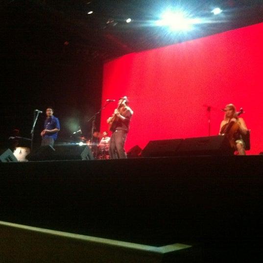 Foto diambil di Teatro Nescafé de las Artes oleh Fernando B. pada 11/11/2012