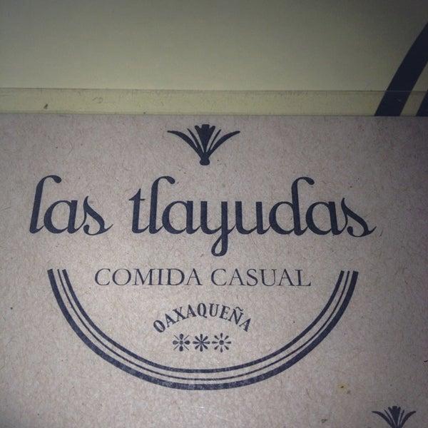 7/10/2013에 Georgina B.님이 Las Tlayudas - Comida Casual Oaxaqueña에서 찍은 사진