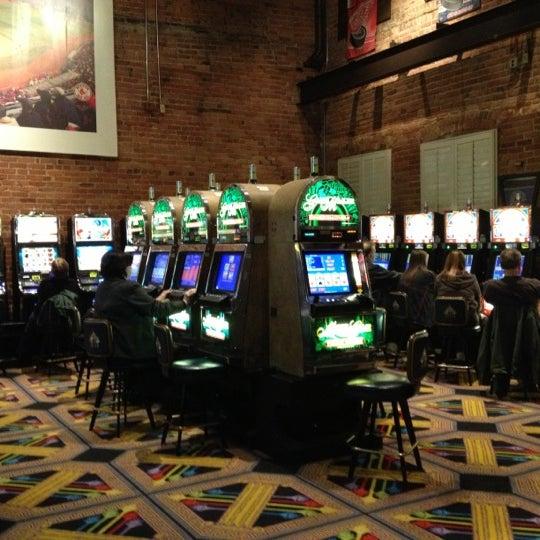Foto scattata a Greektown Casino-Hotel da Eric S. il 11/4/2012