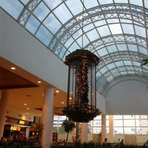 Foto diambil di Shopping Crystal oleh Katia K. pada 12/10/2012