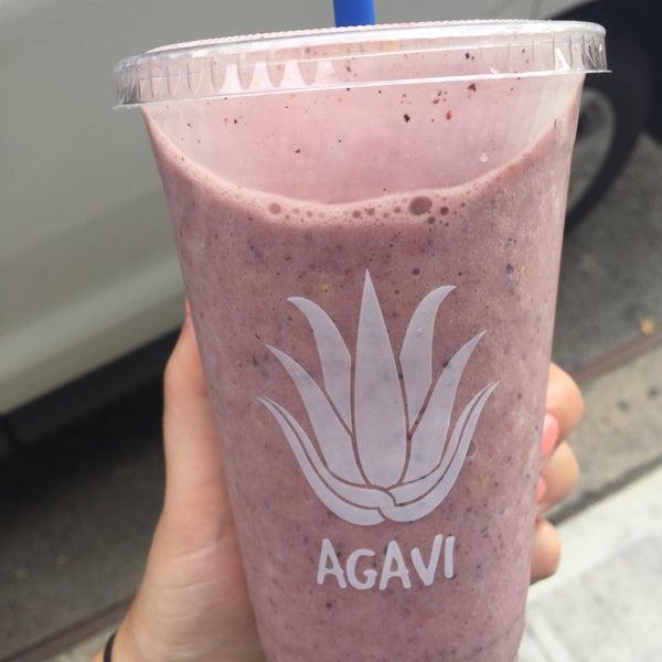 Berry buzz protein smoothie