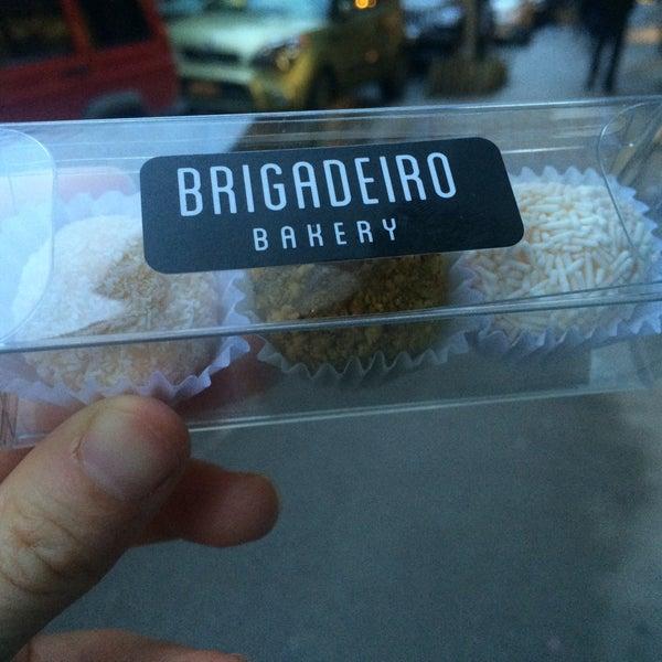 รูปภาพถ่ายที่ Brigadeiro Bakery โดย Jessica P. เมื่อ 3/26/2015
