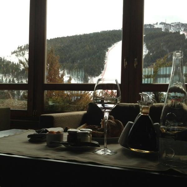 รูปภาพถ่ายที่ Sport Hotel Hermitage & Spa โดย Sara เมื่อ 3/16/2013