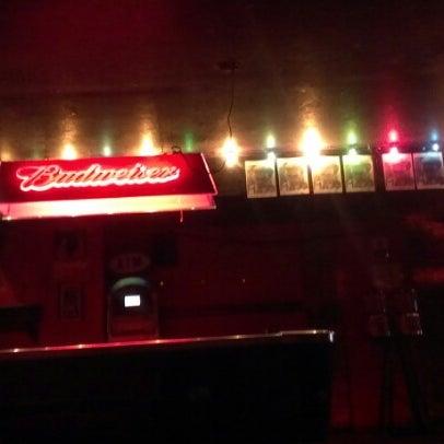Das Foto wurde bei Nowhere Bar von Sophia G. am 10/7/2012 aufgenommen