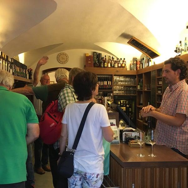 Best wine&likör place in local Salzburg
