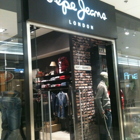 official photos 129f9 93db6 Photos at Pepe Jeans London - Clothing Store in Brussels