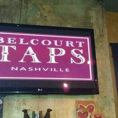 Foto scattata a Belcourt Taps da Kelah F. il 11/23/2012