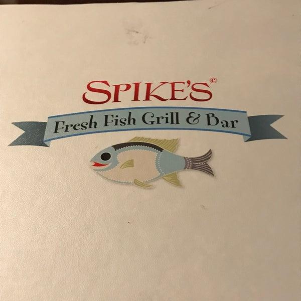 Foto tirada no(a) Spike Africa's Fresh Fish Bar & Grill por Willy em 1/21/2018