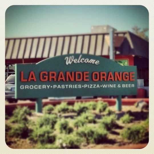 11/16/2012にFrank Z.がLa Grande Orange Grocery & Pizzeriaで撮った写真