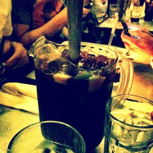 รูปภาพถ่ายที่ Cafecito โดย Romeo เมื่อ 10/6/2012
