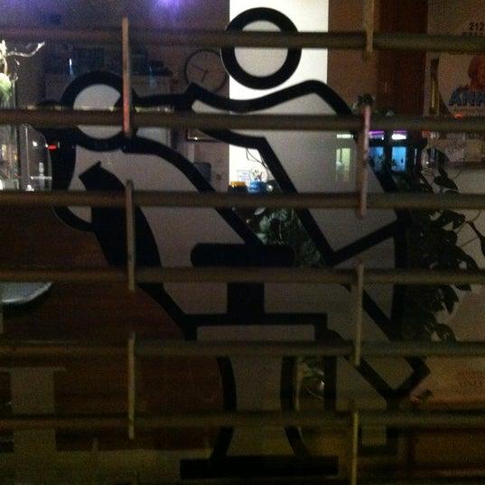 Foto scattata a Hardware Bar da David M. il 11/17/2012