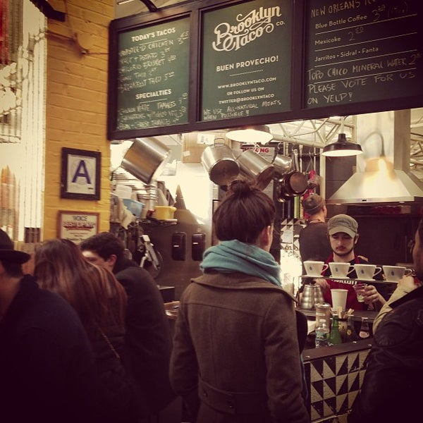 Снимок сделан в Brooklyn Taco Company пользователем Ethan G. 2/24/2013