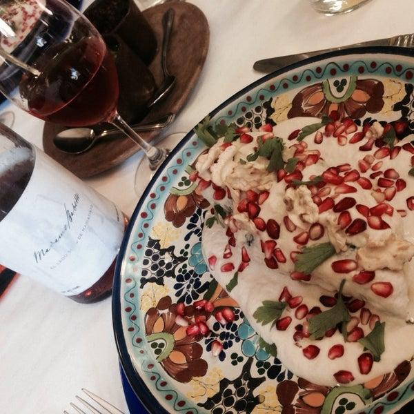 Das Foto wurde bei Restaurante Nicos von Andrew A. am 7/19/2014 aufgenommen