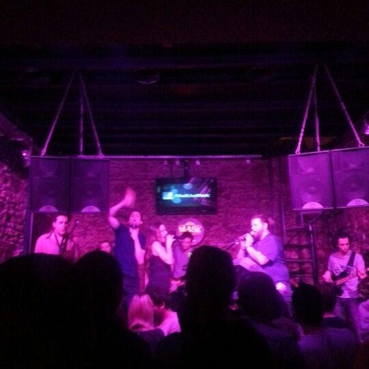 Foto diambil di Mask Live Music Club oleh Hüsne D. pada 1/26/2013