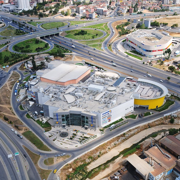 Foto diambil di Neomarin oleh Pendik Belediyesi pada 10/12/2012