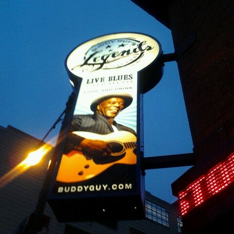 Foto tirada no(a) Buddy Guy's Legends por Melanie J. em 3/16/2013
