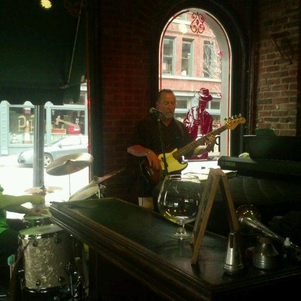 Jazz Club In The Downtown Loop