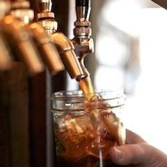 รูปภาพถ่ายที่ The West—Coffeehouse & Bar โดย The West—Coffeehouse & Bar เมื่อ 8/20/2014