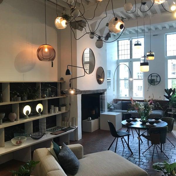 Furniture / Home Store In Patershol