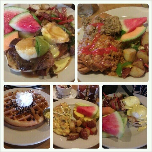 Photo prise au Breakfast Club par Timmura J. le3/4/2013