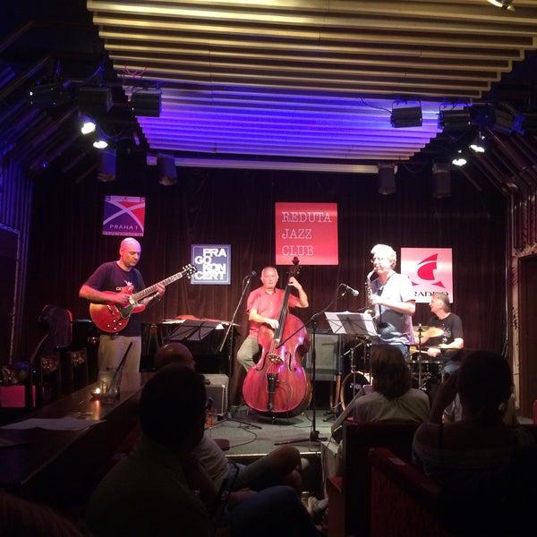 Foto tomada en Reduta Jazz Club por Soner A. el 7/7/2017