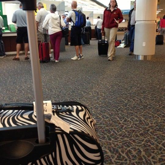 10/18/2012にSydney J.がGulfport-Biloxi International Airport (GPT)で撮った写真