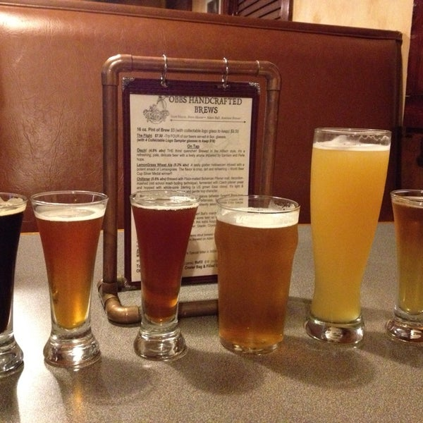5/27/2013에 Jennifer G.님이 Outer Banks Brewing Station에서 찍은 사진