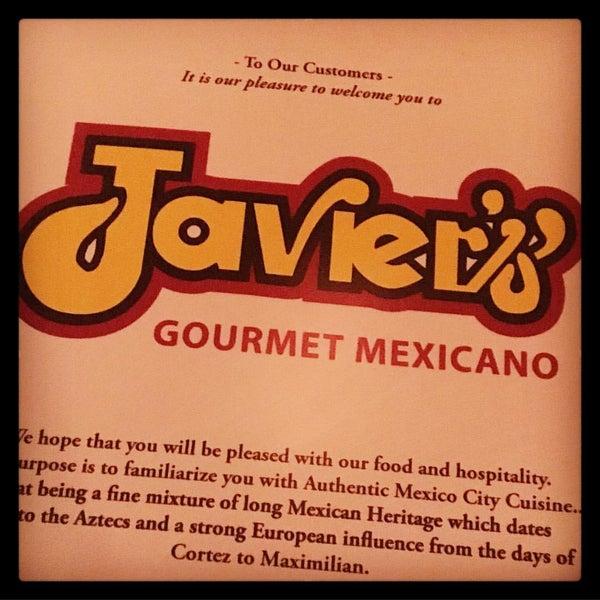 Foto tirada no(a) Javier's Gourmet Mexicano por Andrea C. em 3/15/2016