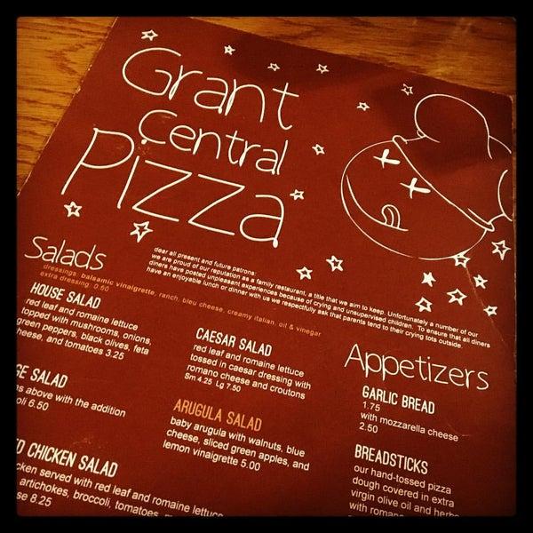 2/29/2016にAndrea C.がGrant Central Pizza & Pastaで撮った写真