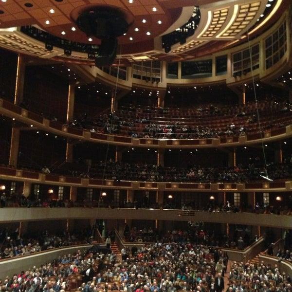 Foto tirada no(a) Morton H. Meyerson Symphony Center por Steve L. em 1/20/2013