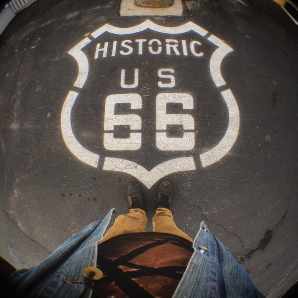 Foto diambil di Route 66 Motel oleh Angelo G. pada 10/6/2015