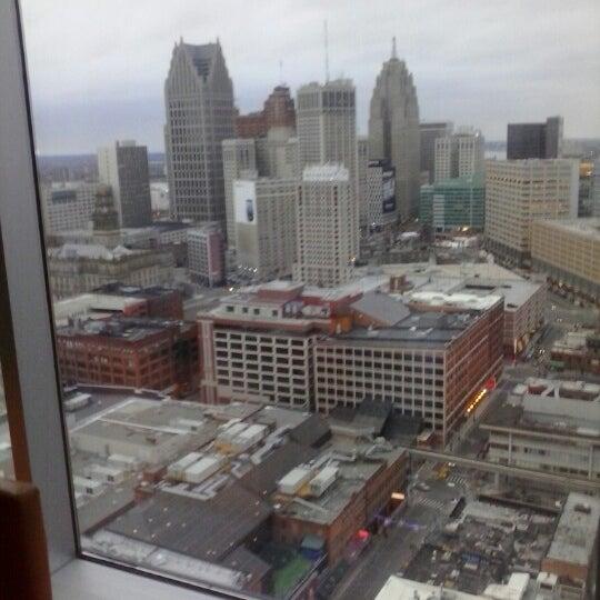 Foto scattata a Greektown Casino-Hotel da Jake W. il 12/24/2012