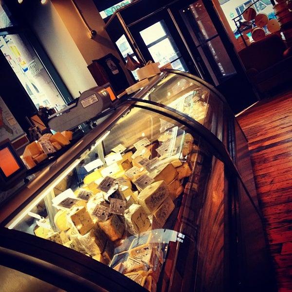 Foto tomada en Beecher's Handmade Cheese por Rob H. el 1/13/2013
