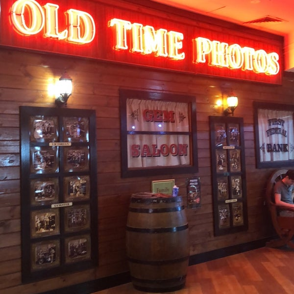 Photos At Old Time Photos Centro Surfers Paradise