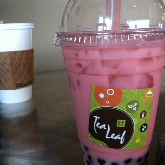 12/15/2012にEvyn S.がTea Leaf Cafeで撮った写真