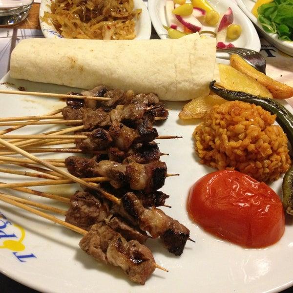 Foto diambil di Topçu Restaurant oleh Özlem A. pada 2/6/2013