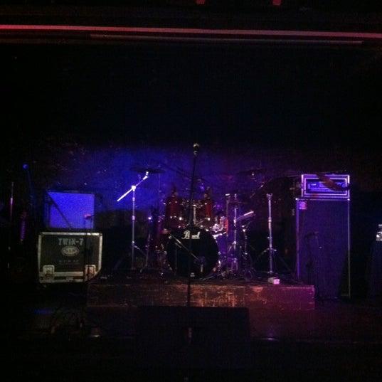 Foto tirada no(a) The Green Room por Reuben M. em 11/5/2012
