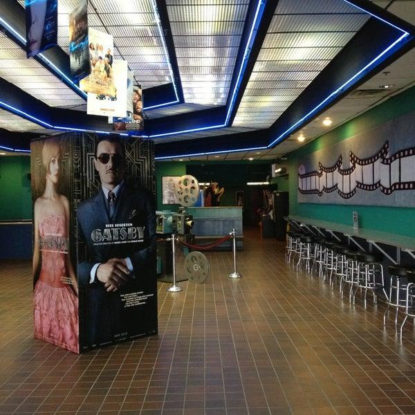 landmark cinemas 3225 n dries ln