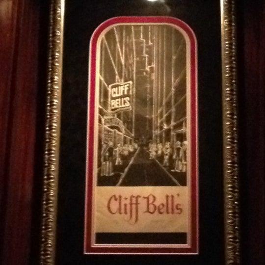 Photo prise au Cliff Bell's par Adam W. le11/12/2012