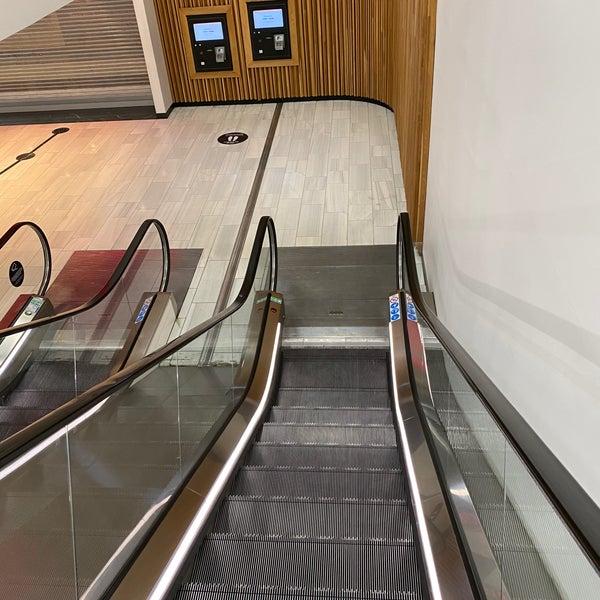 ica maxi mall of scandinavia