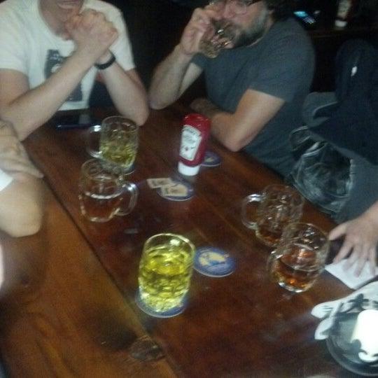 10/6/2012 tarihinde Jack H.ziyaretçi tarafından Storm Crow Tavern'de çekilen fotoğraf