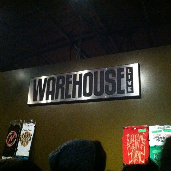 รูปภาพถ่ายที่ Warehouse Live โดย Jessica C. เมื่อ 3/23/2013