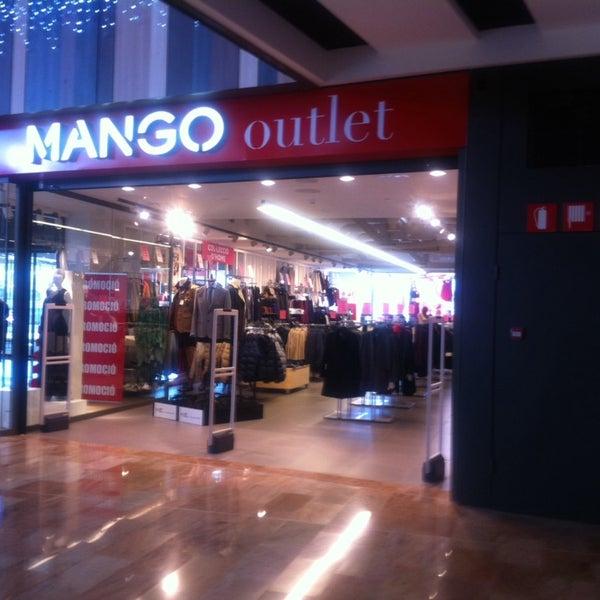 Photos At Mango Outlet