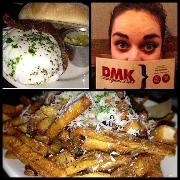 Foto tirada no(a) DMK Burger Bar por Eric M. em 6/9/2013